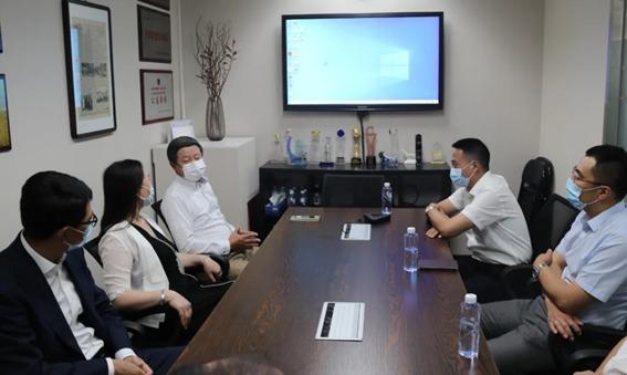 西崗区委員会書記王標が大連板橋医療器械有限公司を視察